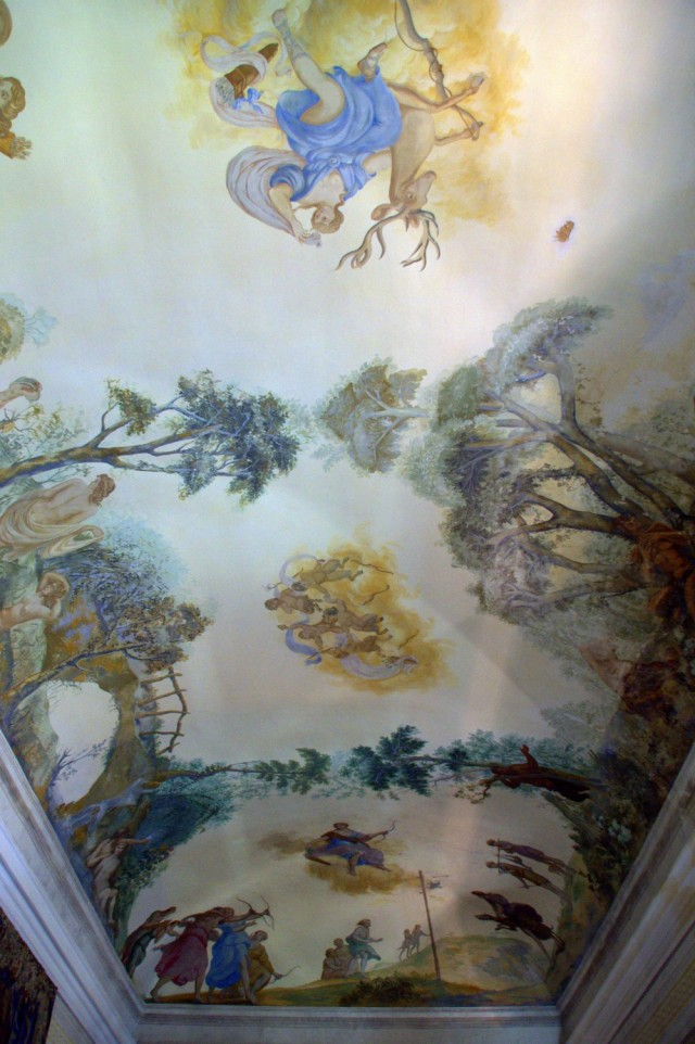 Palacio de Mafra: painted ceiling in the Diana the Huntress Salon ©MLVB